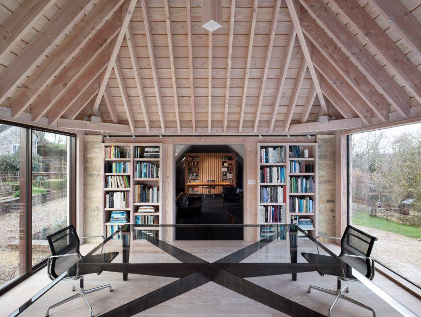 Richard Parr Associates' Grain Loft Studio on Easter Park Farm features Douglas fir roof