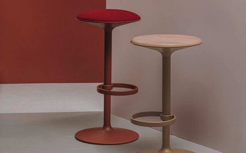 Hula 46 in two colours by Benjamin Hubert for Andreu World