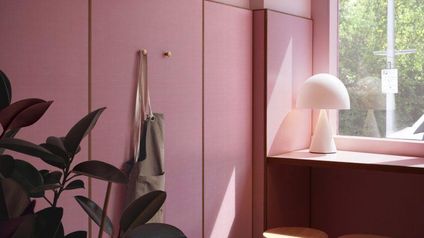 Ten pink interiors
