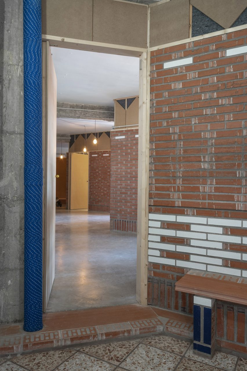 Inside the La Nave apartment in Madrid by Nomos