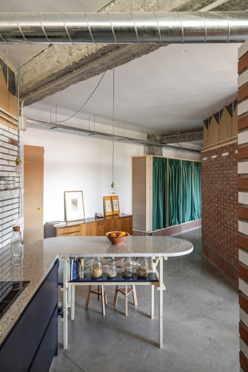 Kitchen of La Nave apartment in Madrid by Nomos