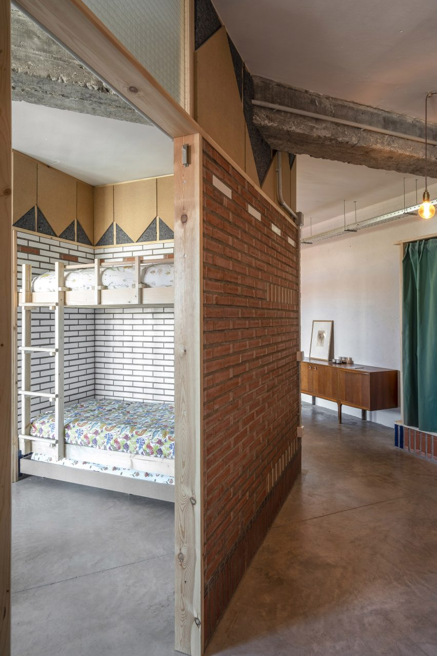 Bedroom of La Nave apartment in Madrid by Nomos