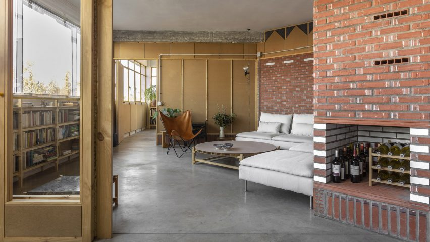 Inside of La Nave apartment in Madrid by Nomos