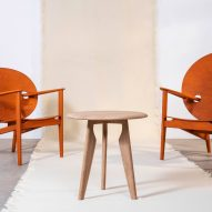Chairs and table in the Iklwa collection