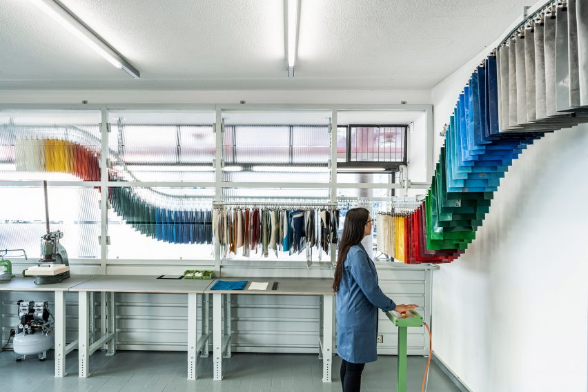 Conveyor belt of Sweat-Yourself-Shop by Freitag