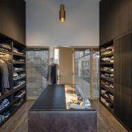 Bedroom in The Gymnasium apartment by Robbert De Goede