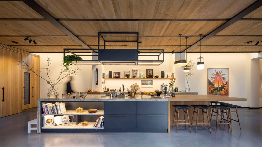 Kitchen of The Gymnasium apartment by Robbert De Goede