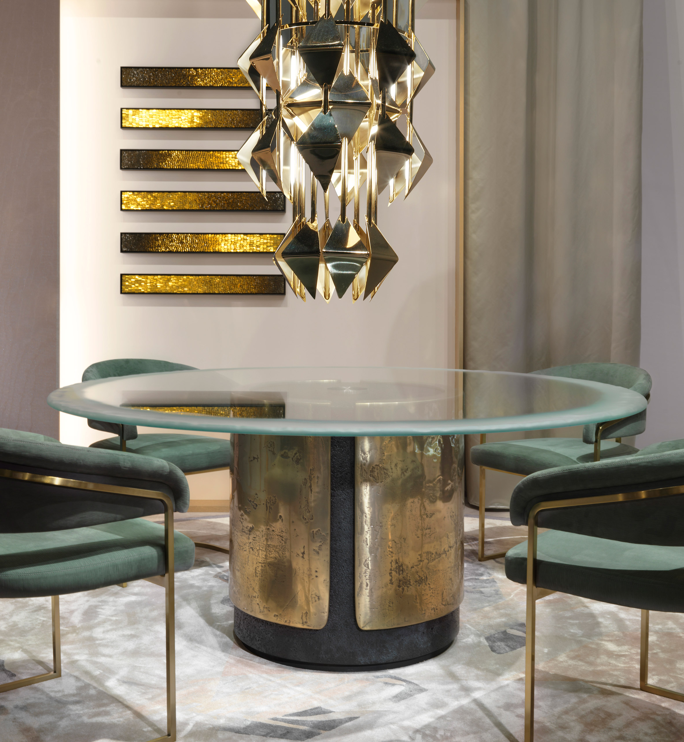 Draga & Aurel's Amos table from Visionnaire's Beauty collection