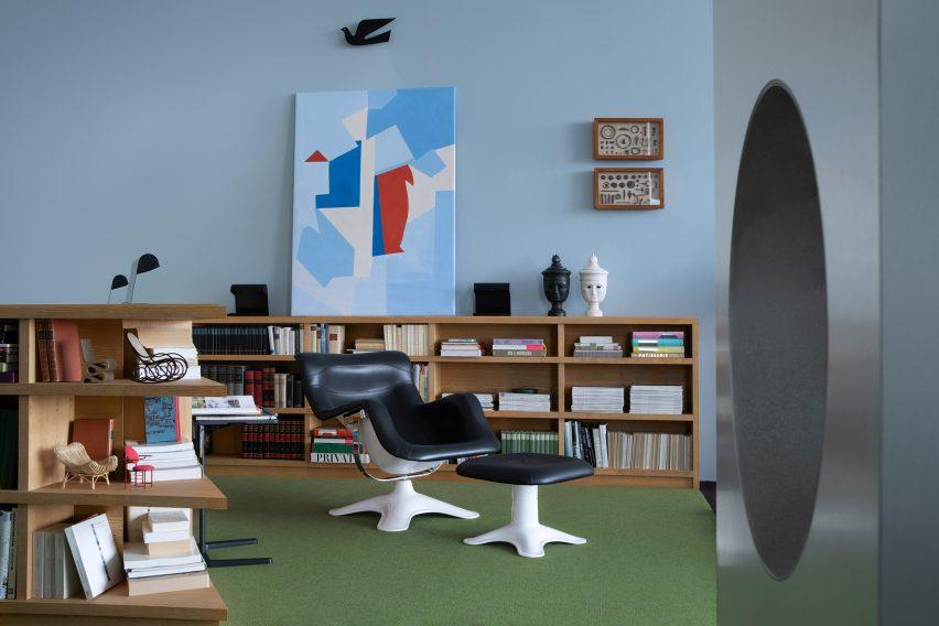 Vitrahaus loft by Charlap Hyman & Herrero