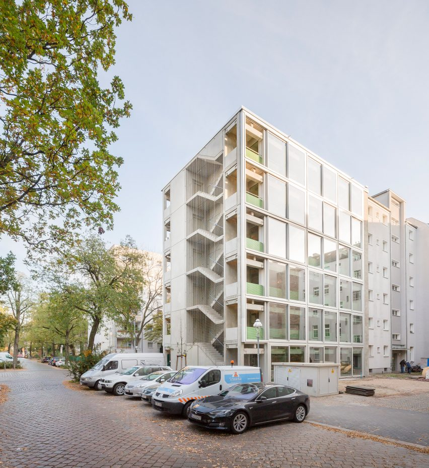 Exterior of Wohnregal, a prefabricated concrete housing block by FAR in Berlin, Germany