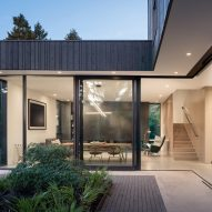 Yo-Ju Courtyard House by Wittman Estes