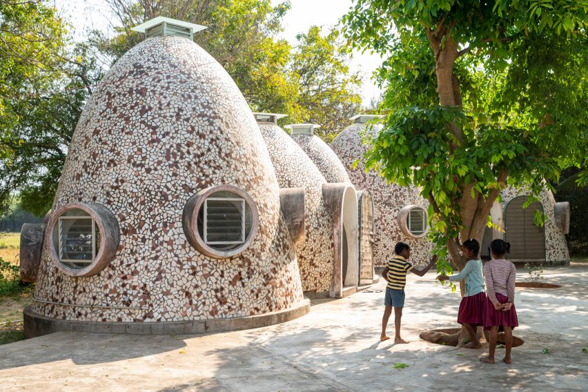 Anupama Kundoo architecture: Voluntariat Homes for Homeless Children, 2008