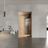 Aritco Homelift by Aritco comes fitted with glass doors