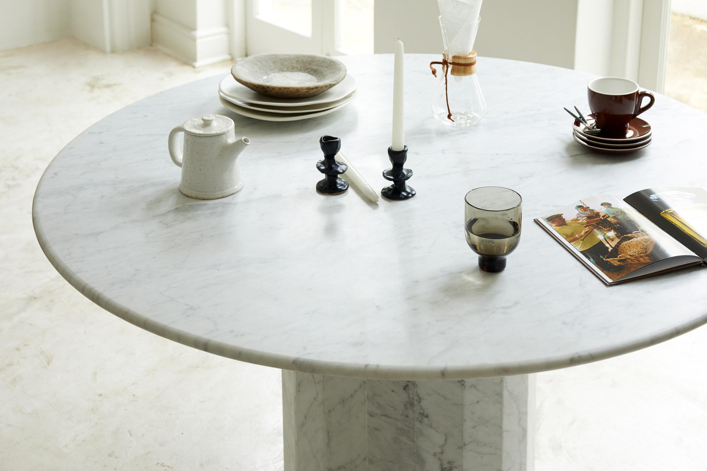 Ashby table by Lemon