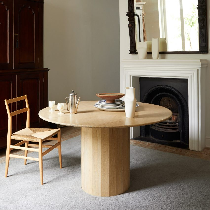 Ashby table by Lemon