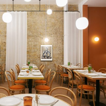 London's Beam cafe has exposed brick walls