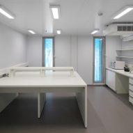A lab inside the Comandante Ferraz Antartic Station by Estúdio 41 in Antarctica