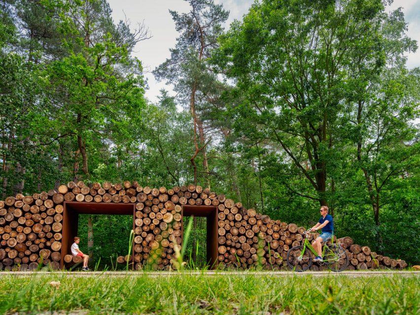 Shelter on Limburg forrest
