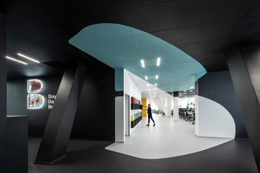 Logo in the lobby of the office for creative agency DDB Prague by B2 Architecture, Czech Republic