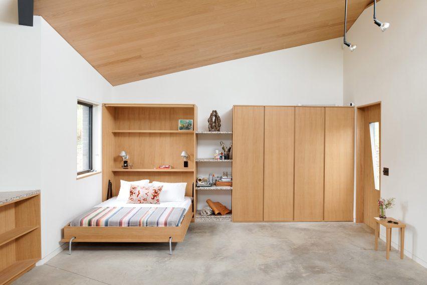 Murphy bed in Dutchess County Studio by GRT