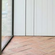 Terracotta flooring in Farley Farmhouse by Emil Eve Architects