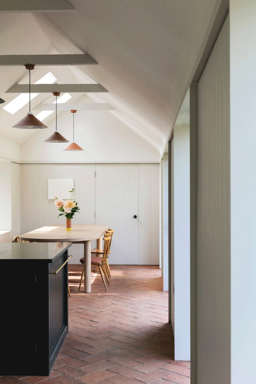 Dining area in Farley Farmhouse by Emil Eve Architects