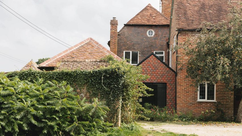 Exterior of Farley Farmhouse by Emil Eve Architects