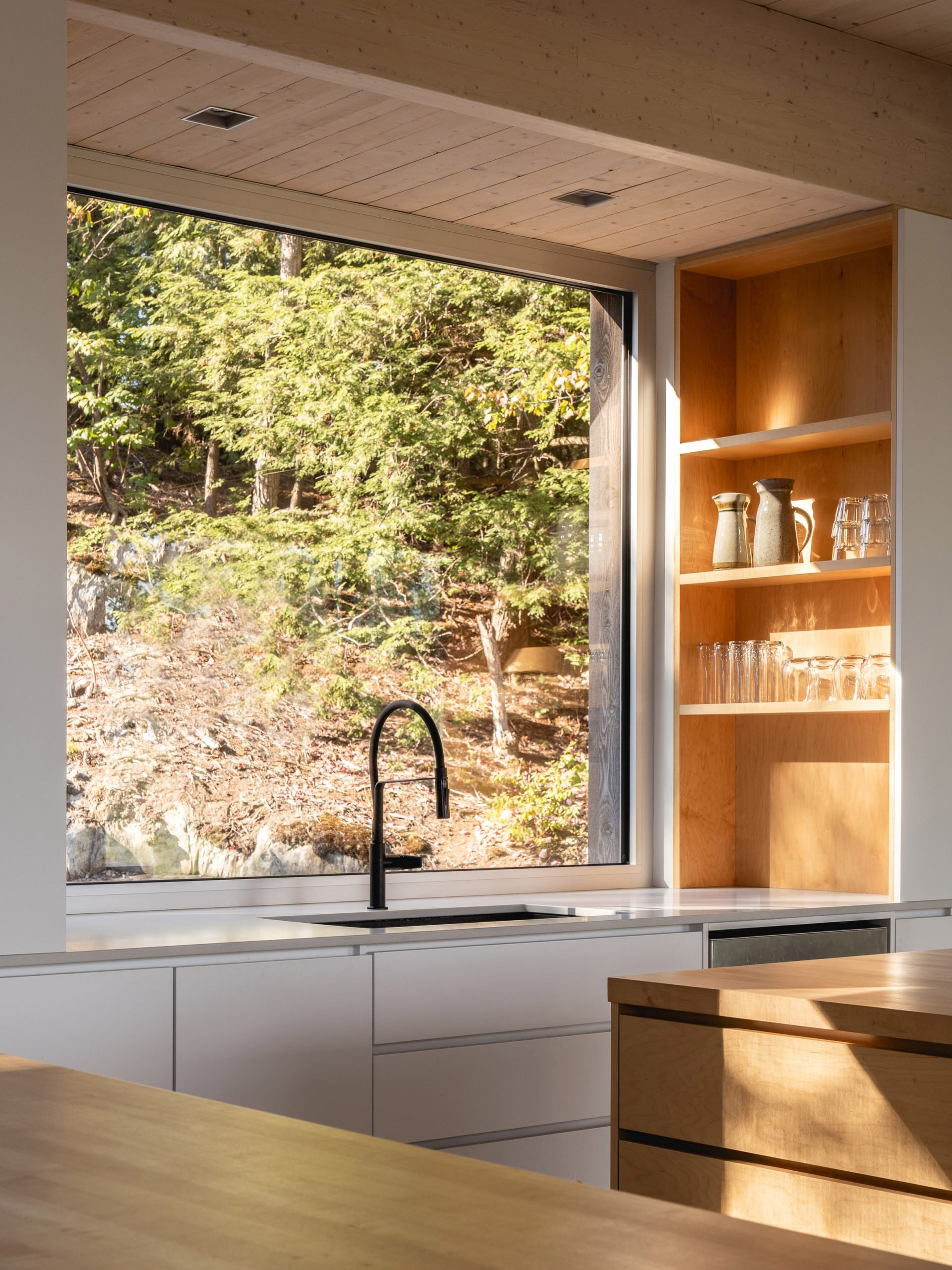 Kitchen sink of Forest House I by Natalie Dionne Architecture