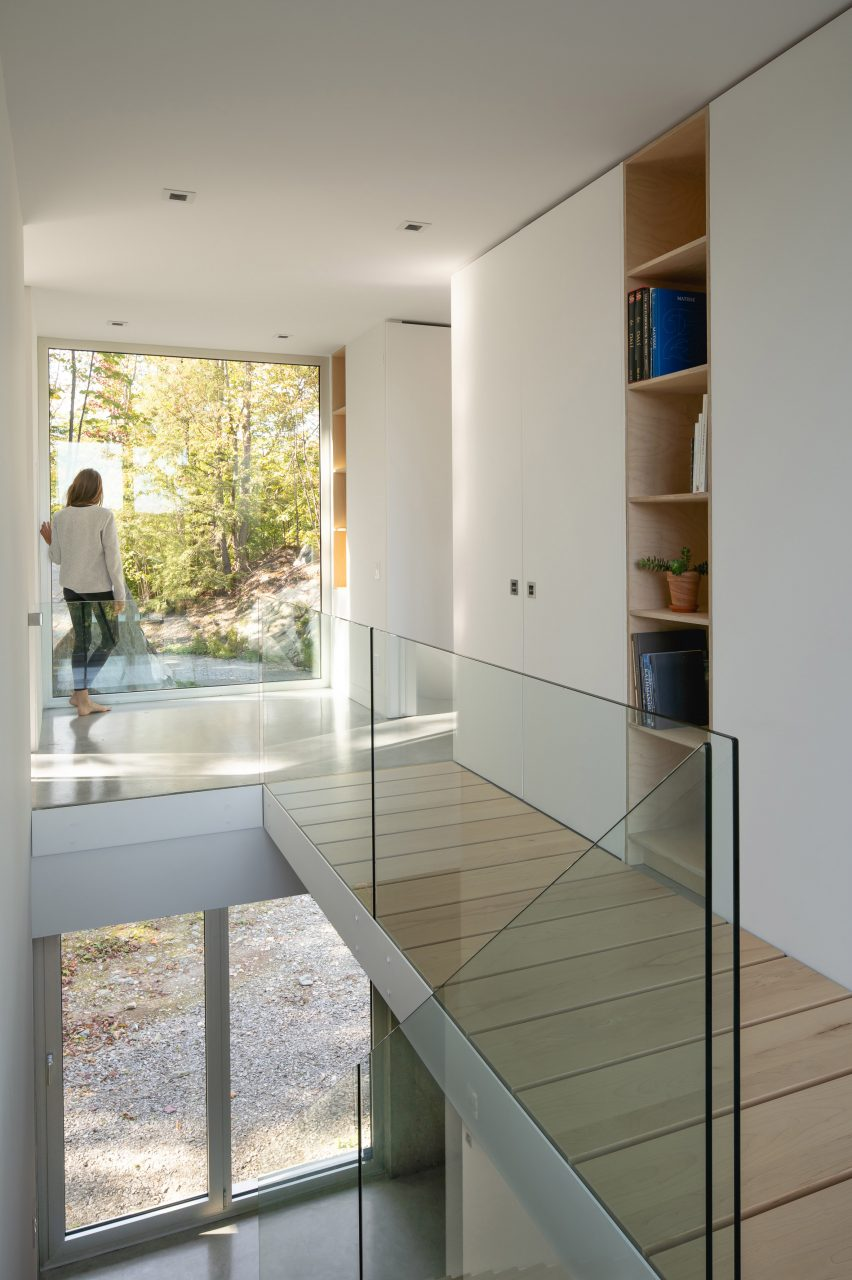 Staircase and catwalk in Bedroom in Forest House I by Natalie Dionne Architecture