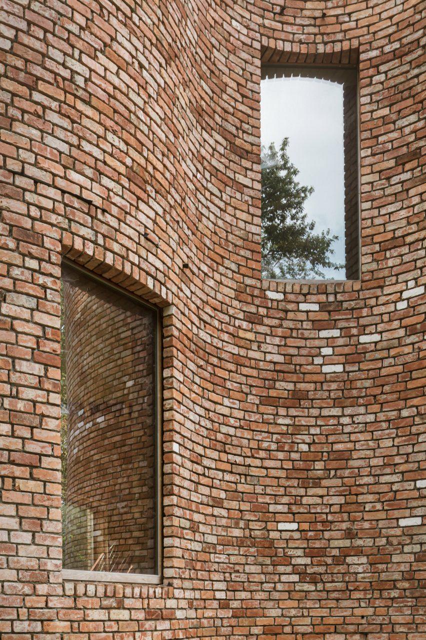 Reclaimed bricks used by BLAF Architecten
