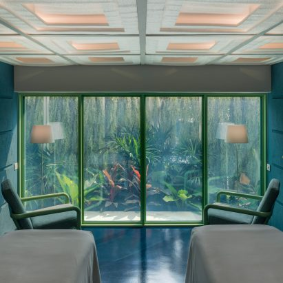 Infinity Wellbeing spa in Bangkok has garden views