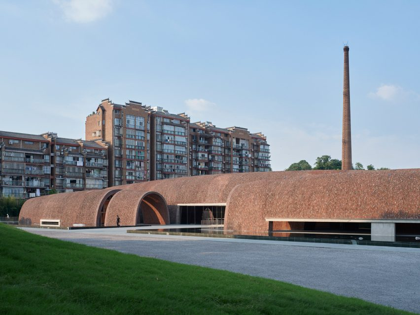 Exterior of the Jingdezhen Imperial Kiln Museum in China by Studio Zhu-Pei