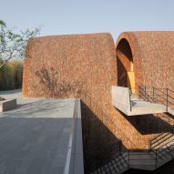 Access to a courtyard inside of Jingdezhen Imperial Kiln Museum by Studio Zhu-Pei