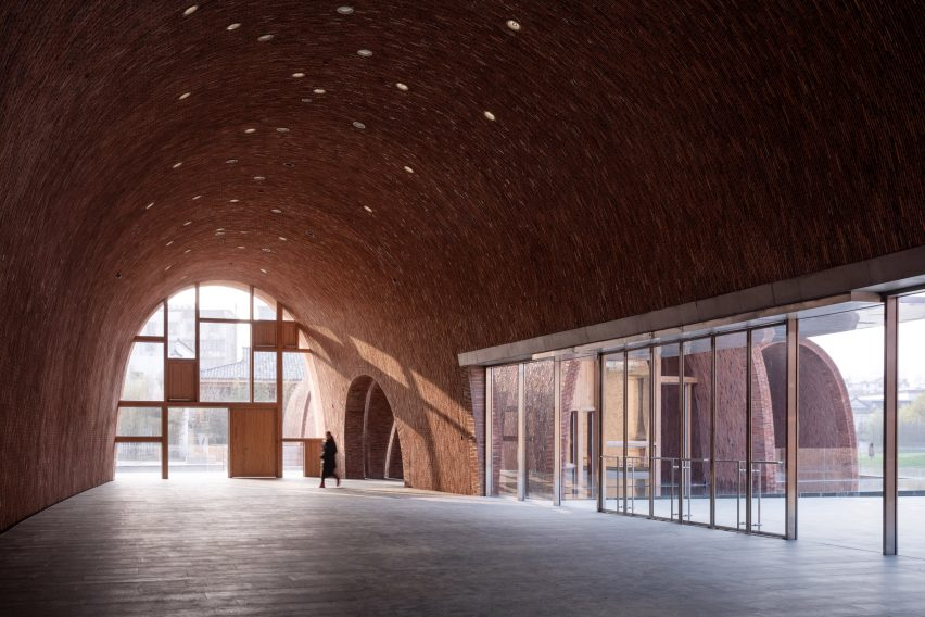 Inside the foyer of Jingdezhen Imperial Kiln Museum by Studio Zhu-Pei