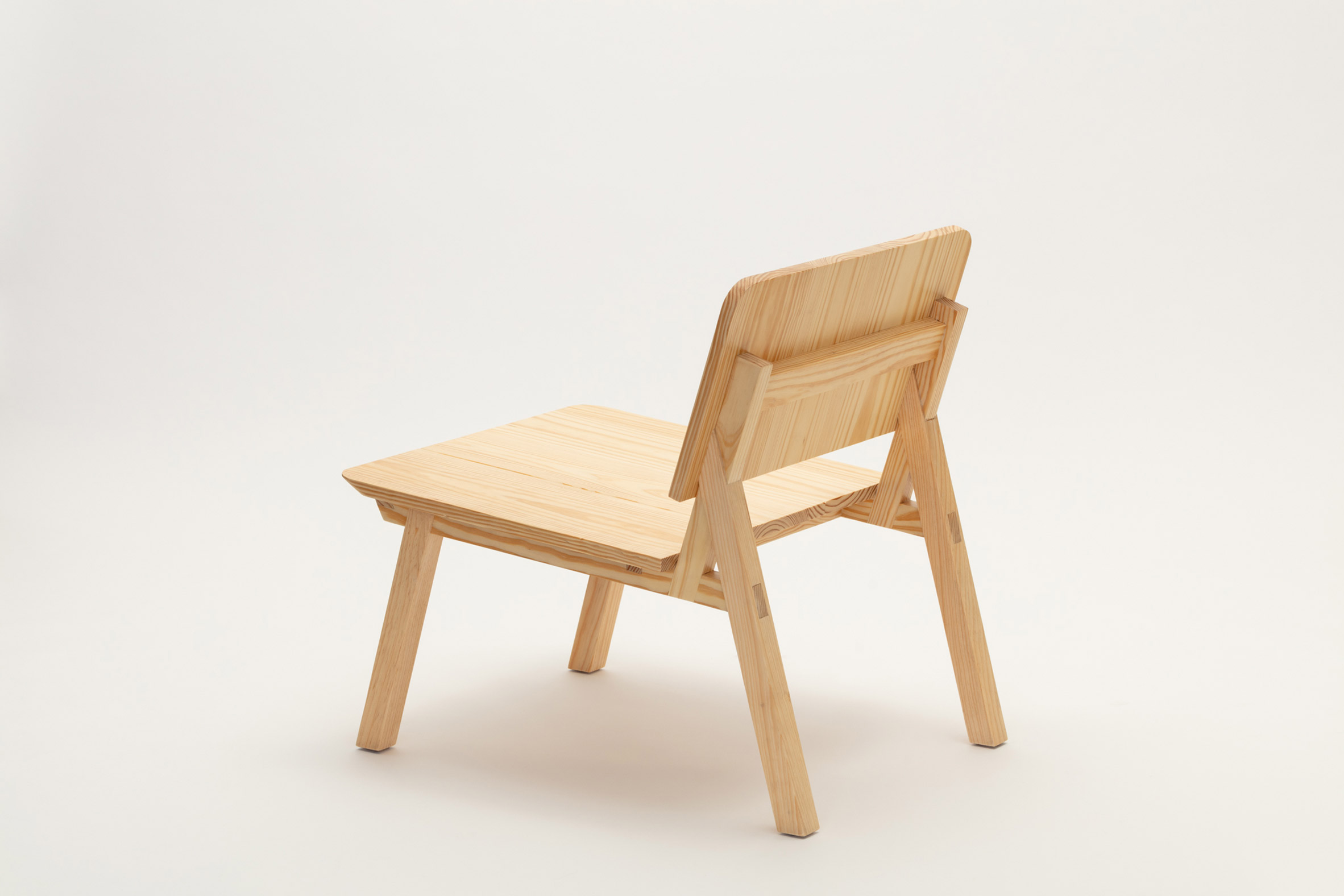 Lounge chair from Jorge Diego Etienne's Tempo collection for Techo