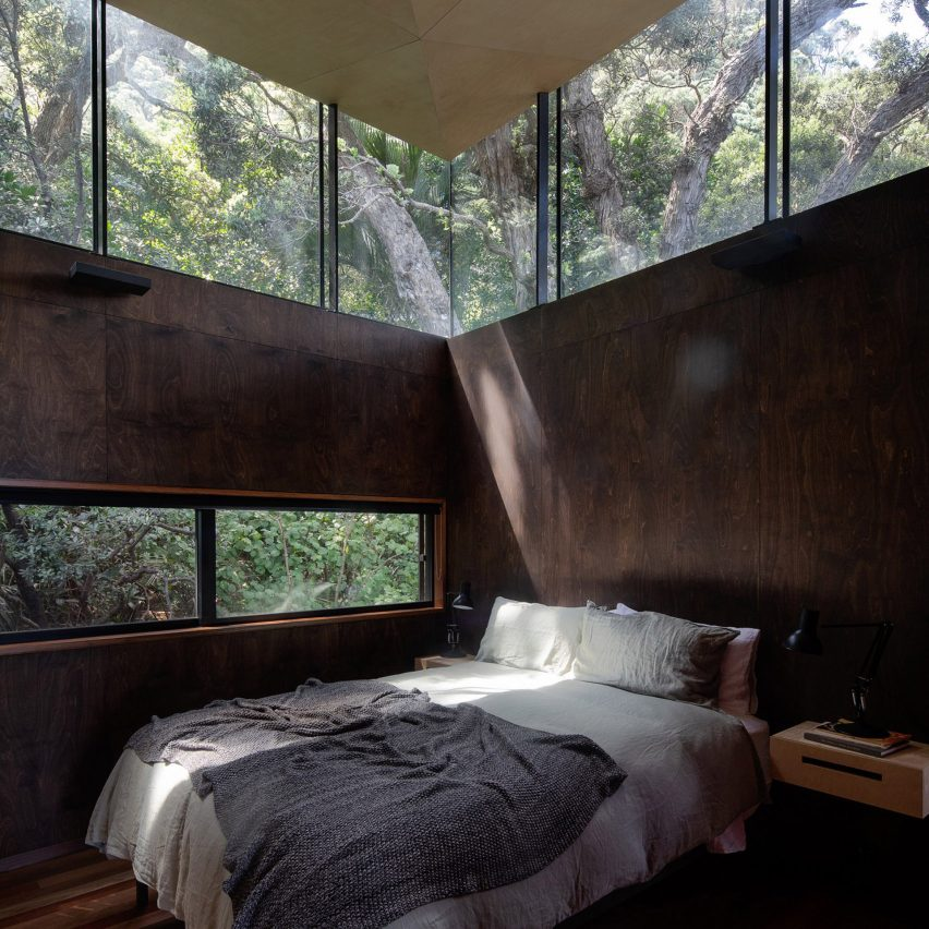 Bedroom in Kawakawa House, New Zealand, by Herbst Architects
