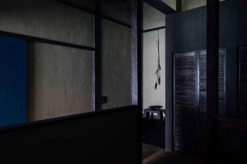 The hallway of Maana Kamo guesthouse by Uoya Shigenori