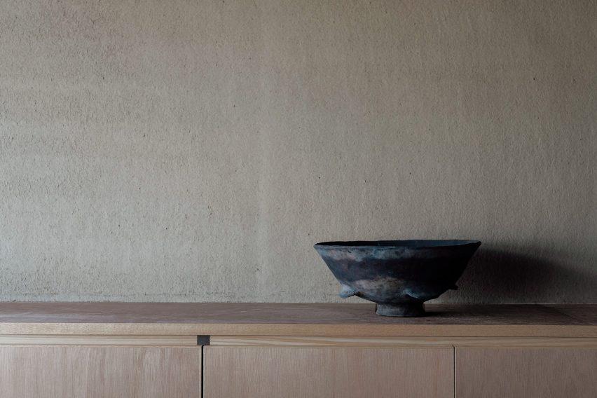 Kitchen details from inside Maana Kamo guesthouse by Uoya Shigenori