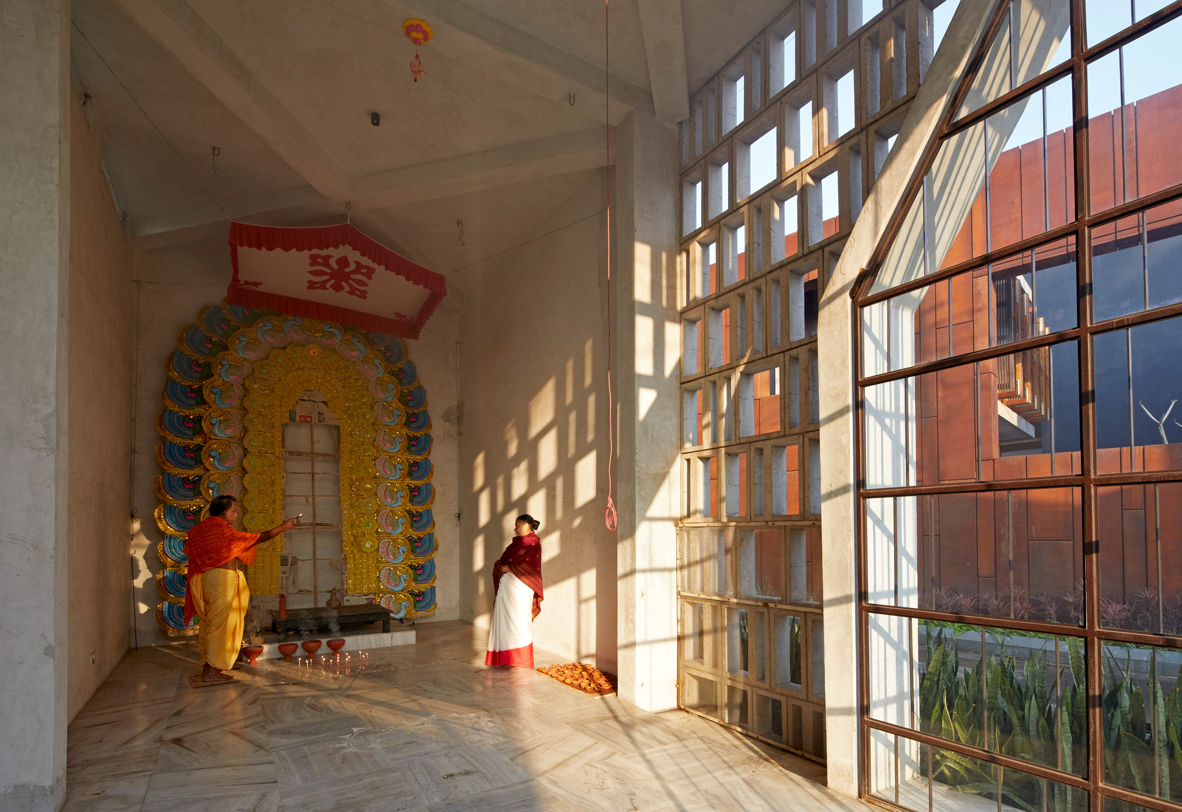 Shrine inside Narayantala Thakurdalan by Abin Design Studio