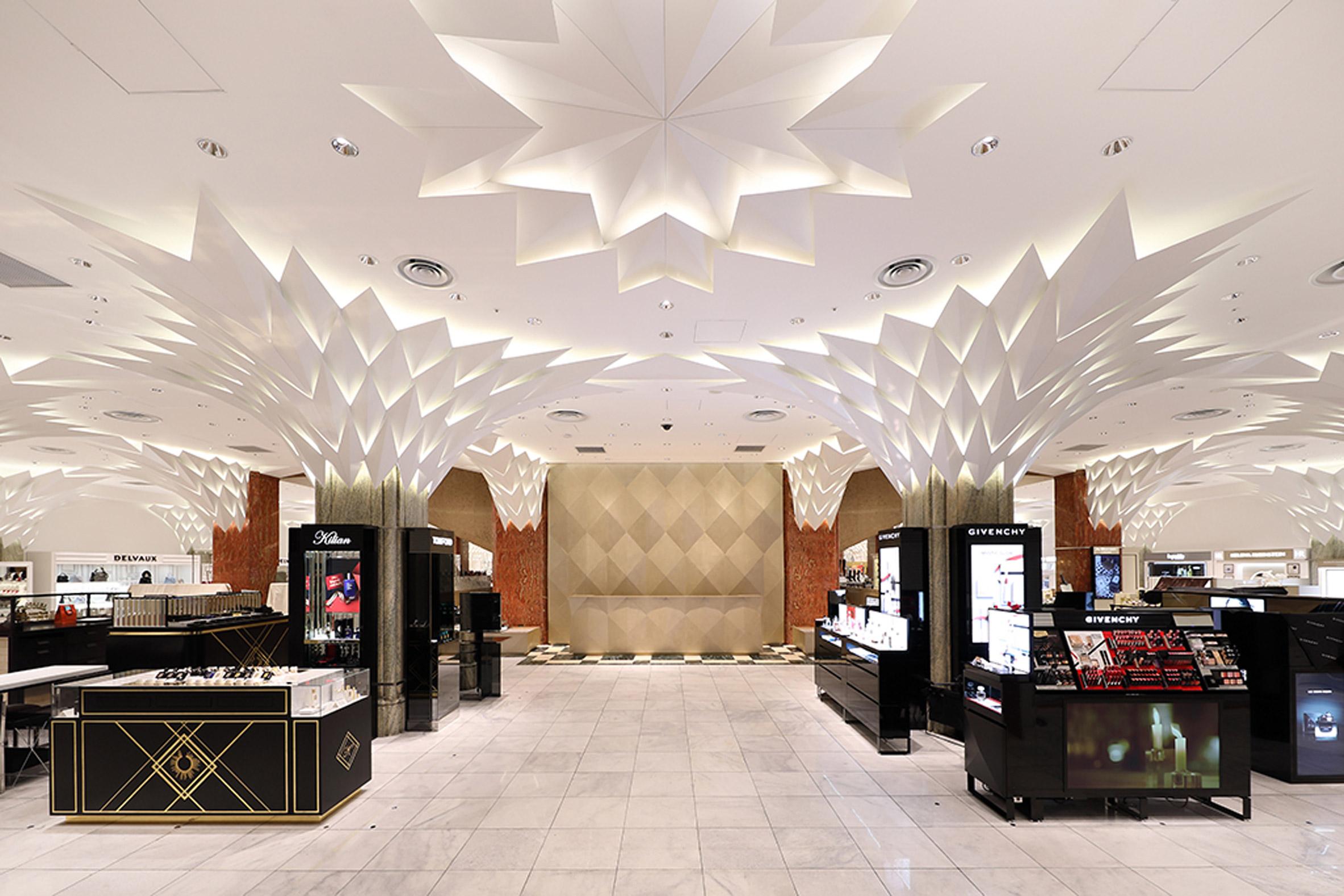 Shop floor of Nihombashi Mitsukoshi by Lighting Planners Associates