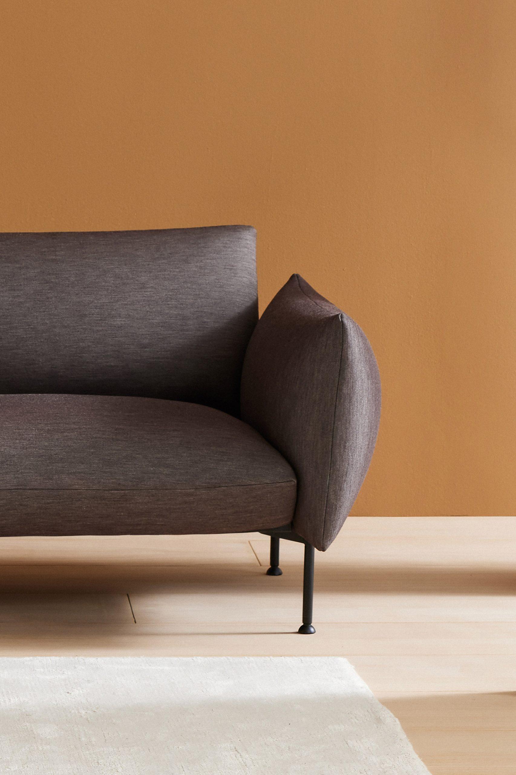 Nota sofa by Note Design Studio