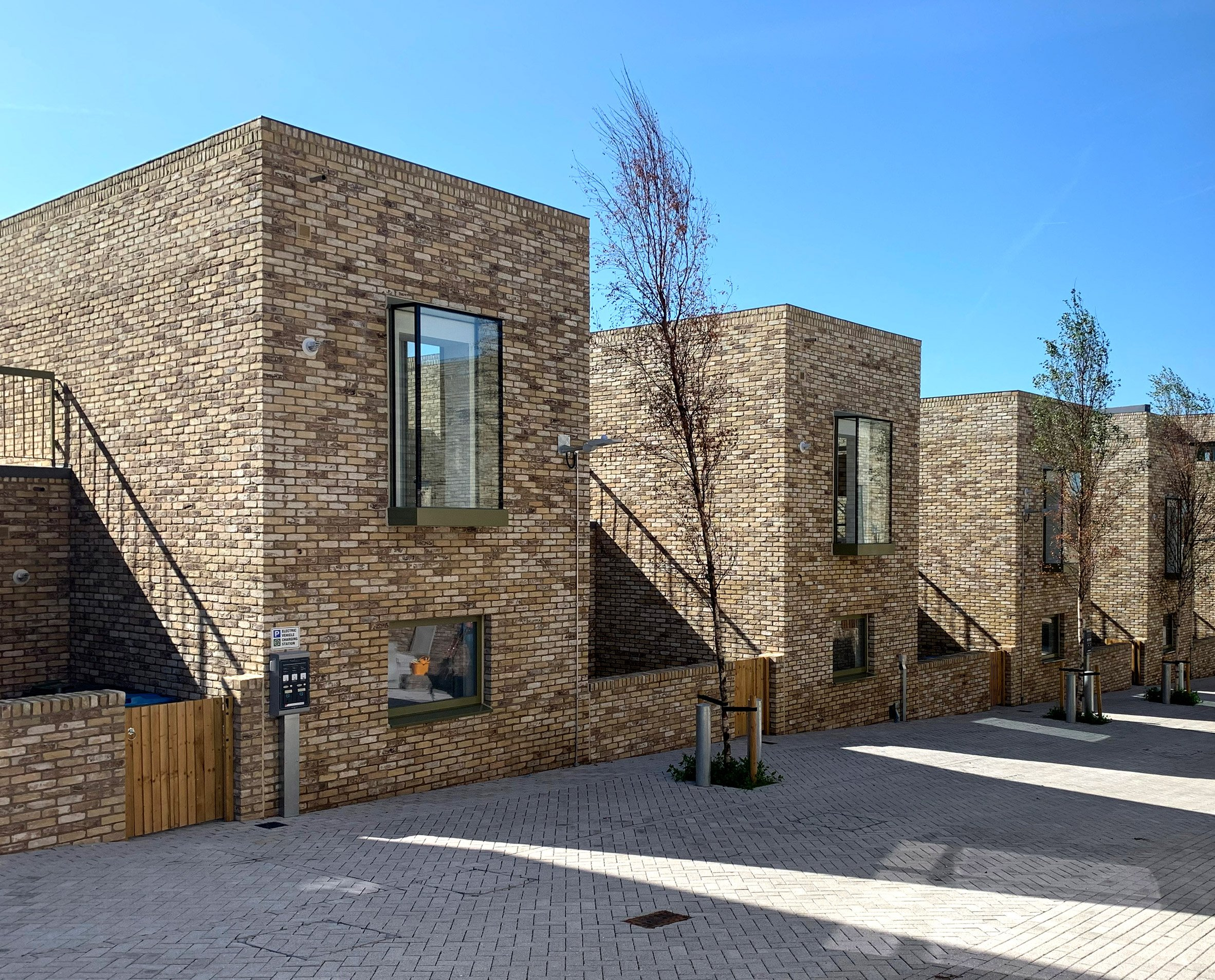 Terraced housing by Peter Barber Architects