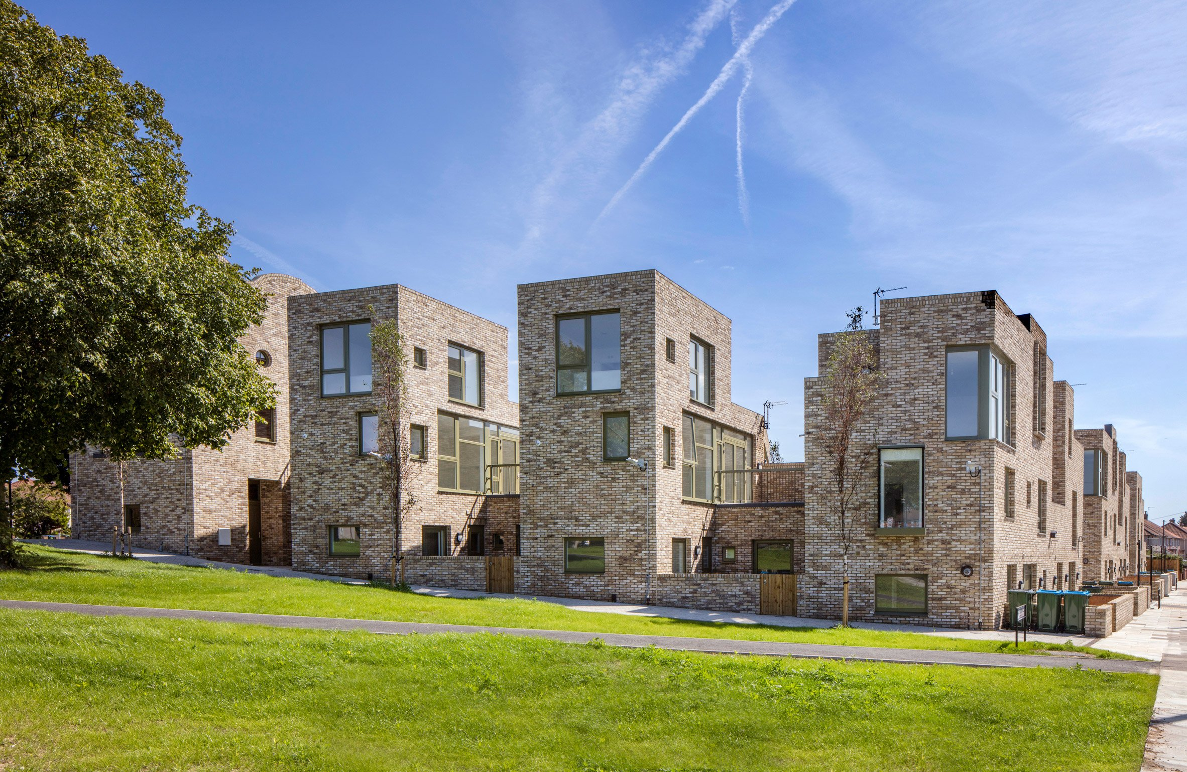 Rochester Way housing by Peter Barber Architects