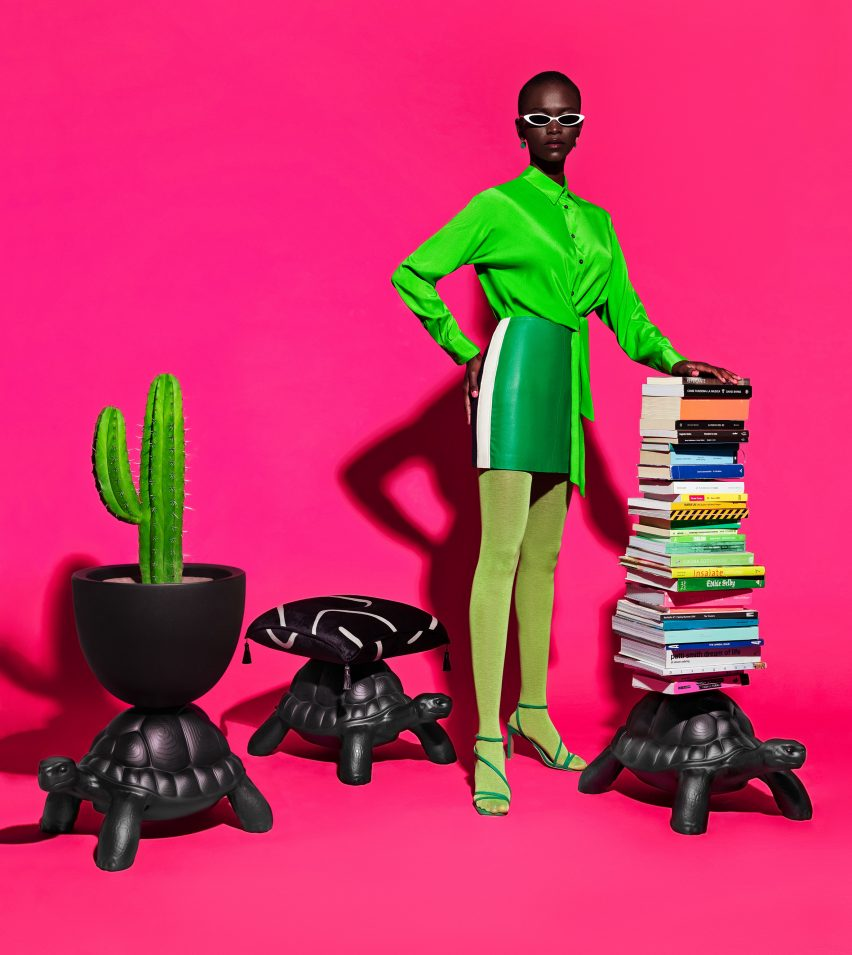 Model with turtle-shaped poufs designed by Marcantonio