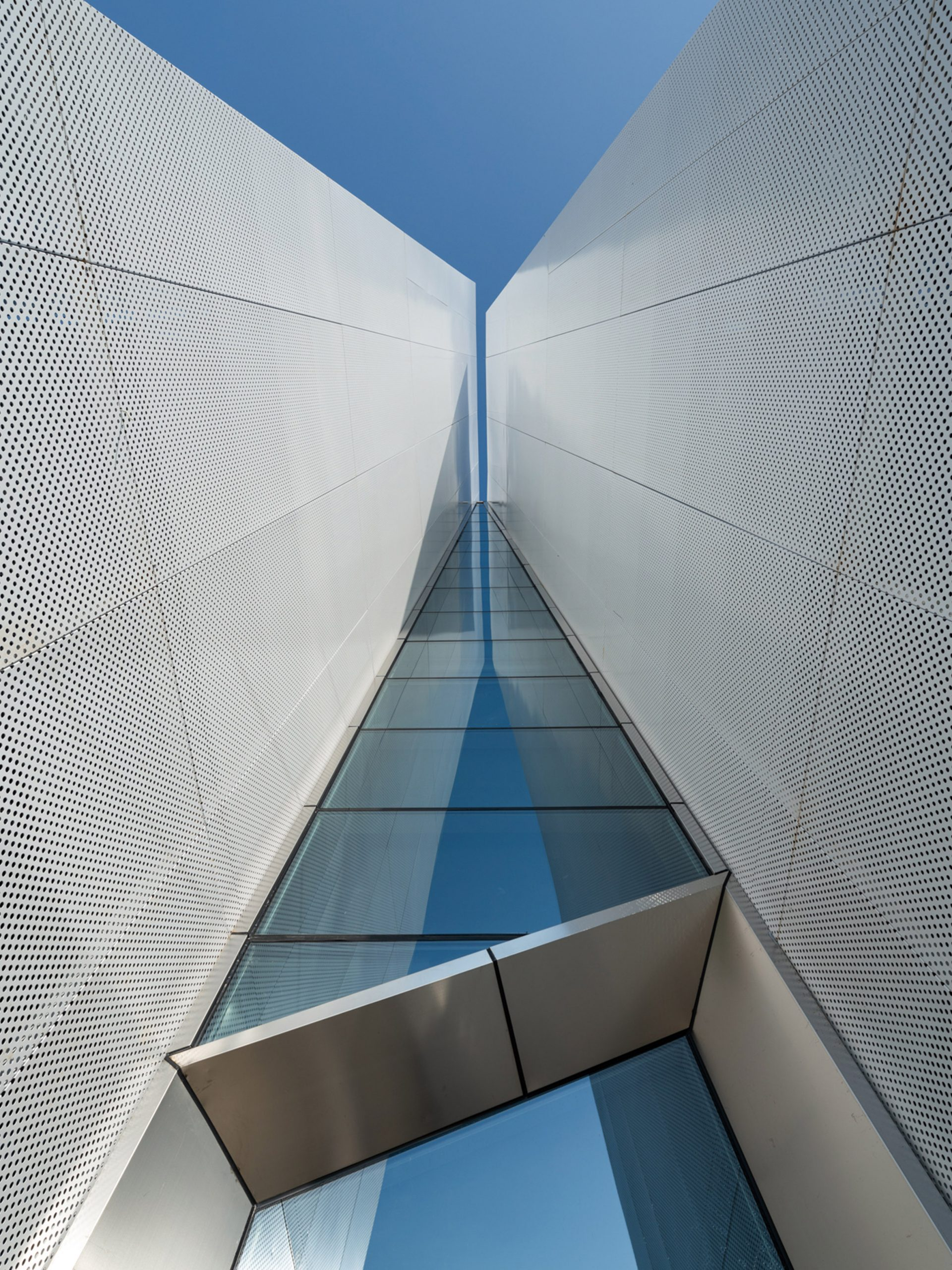 Entrance to Shuifa Geographic Information Industrial Park Exhibition Center by AOE in China
