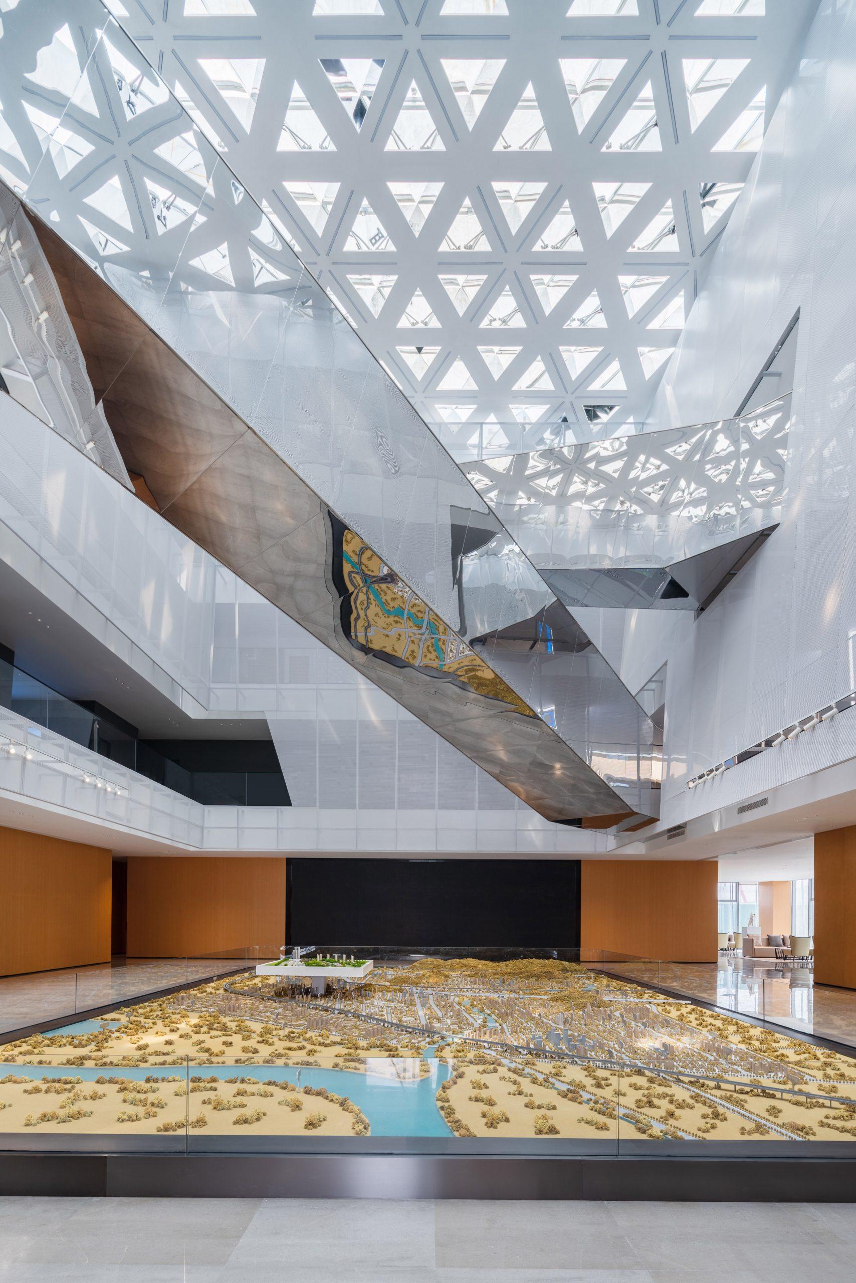 Aluminium bridge in conference centre atrium