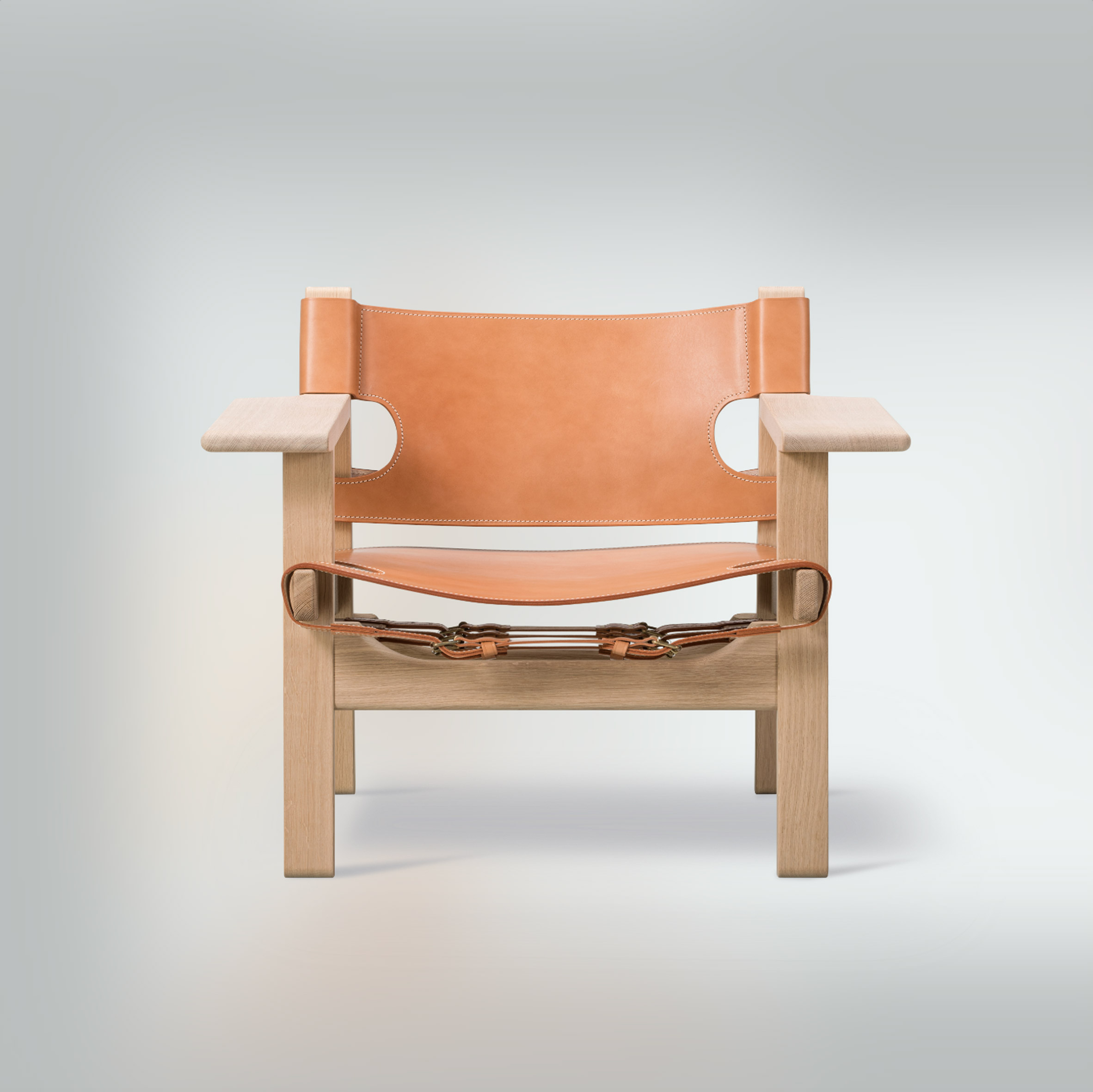 Front view of the Spanish Chair by Børge Mogensen for Danish brand Fredericia