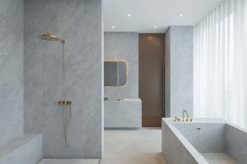 Bathrooms of The Sukhothai Shanghai hotel