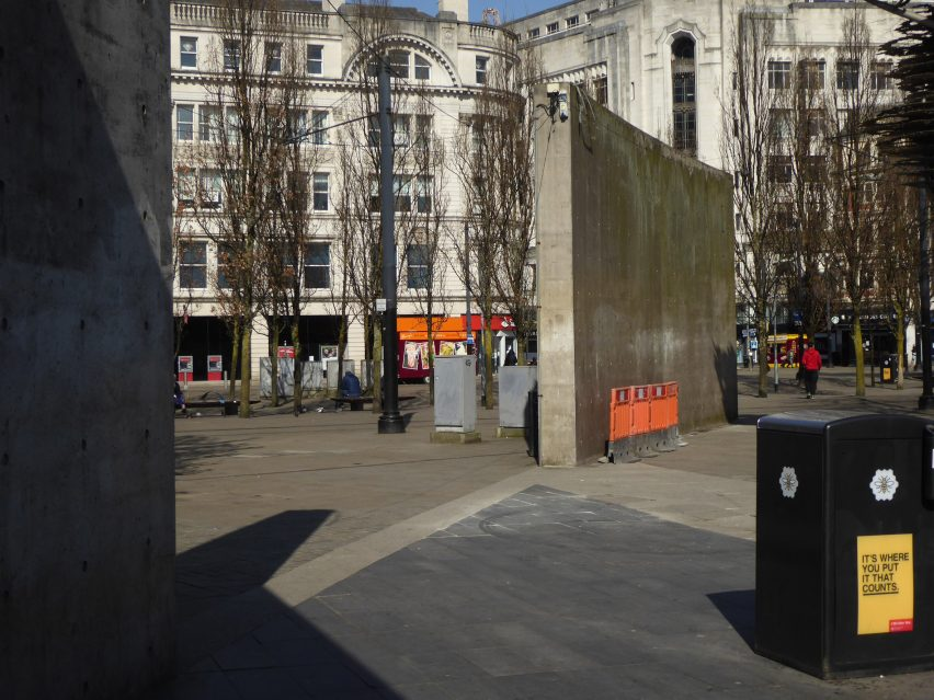 Tadao Ando's wall in Piccadilly Gardens