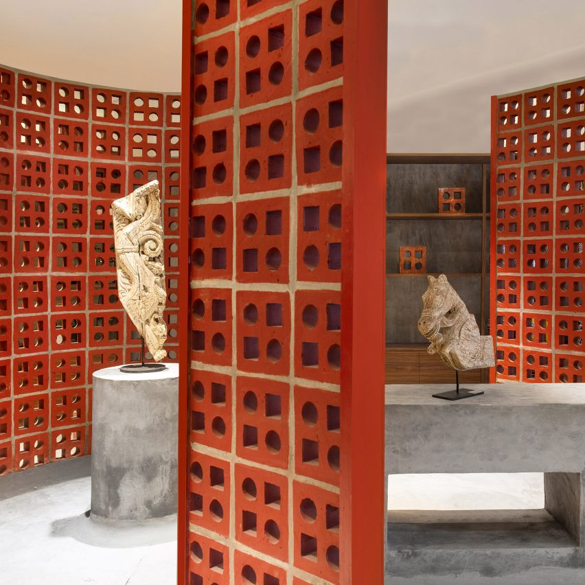 Indian architecture of 2020: Terracottabrick screens in Indian store